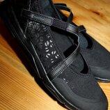 42 разм. кроссовки newfeel 27,5 см., состояние новых. ширина подошвы - 9,5 см.