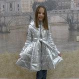 Детское демисезонное серебристое пальто