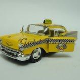 Металлическая модель машинка Chevrolet Bel Air такси