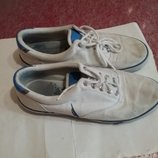 Фирменные кроссовки макасины
