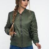Демисезонная женская куртка-бомбер 45 черный и хаки