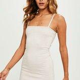 Привлекательное вечернее замшевое нюдовое платье на тонких бретельках m-l missguided
