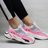 Adidas x Yeezy Boost 700 OG кроссовки женские демисезонные серые с розовым 7318