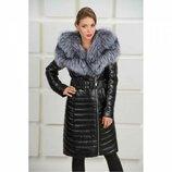 Очень красивое кожаное пальто с натуральным мехом чернобурки