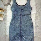 Голубое джинсовое секси платье мини варенка со шлейками вырезом сзади в обтяжку по фигуре короткое