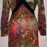 Яркое красивое платье от бренда Wivica Oest Stockholm .Оригинал