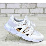 Классные кроссовки для девочек