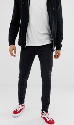 Мужские джинсы от известного брендаMustang. Американский дорогой бренд . Размер указан w 29 l 32, б
