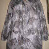 Красивая фирменная курточка весна отличное состояние батал