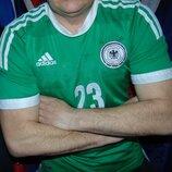 Спортивная футбольная фирменная футболка adidas зб Германии Gomez..м-л