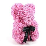 Мишка из искусственных 3D роз в подарочной упаковке 25 см розовый
