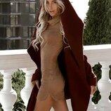 Марсаловое пальто с капюшоном