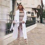 Белое стильное пальто без подклада