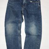 Джинсовые брюки для девочки 4/5лет,р-110 в отличном состоянии