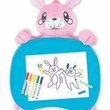 Crayola Дорожный набор столик зайка с фломастерами Travel Lap Desk with Storage Bunny Stuffed Animal