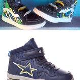 Хайтопы ботинки демисезонные Две модели. р.26-31