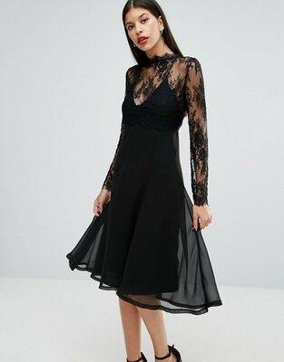 005c6a1e5fa Роскошное черное вечернее платье миди на тонких бретельках с кружевным  топом asos