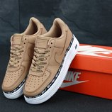 Женские кроссовки Nike Air Force 1 '07 SE Premium