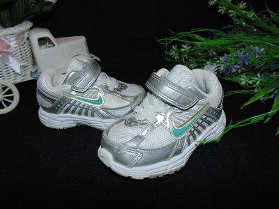 Кроссовки Nike 21р,по ст 13 см.мега выбор обуви и одежды