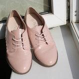 Закрытые туфли Next на девочку 2 34 размер