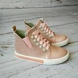 Стильные ботинки для девочек KLF
