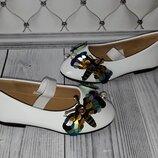 Модные туфли девочке, белые туфли