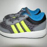 Кросівки брендові дихаючі Adidas Сloudfoam Оригінал р.23 стелька 14 см