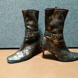Текстильные демисезонные ботинки на каблуке