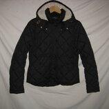 Куртка H&M Швеция на 13-15лет 158-170 рост..Куртка на утеплите . Привезена с Швеции. Непромокаемая,