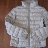 Фирменная легкая куртка пуховичек девочке 11-12 лет идеал