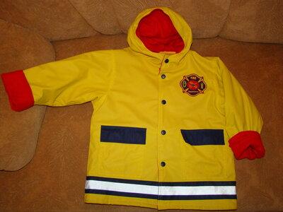 Яркая куртка пожарника напромокайка на флисе 4-5 лет