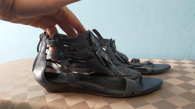 Tamaris Модные босоножки 39 размер