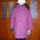продам деми пальто на девочку 5-6 лет на рост 116-122 см, розового цвета, в хорошем состоянии, перес