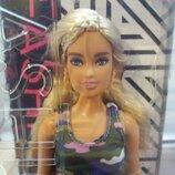 Кукла барби из серии Фешионистас от Мателл
