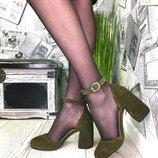 Эксклюзивные открытые туфли фурнитура,каблук,замша пр-во Италия