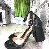 Эксклюзивные открытые туфли фурнитура,каблук,кожа пр-во Турция