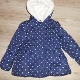 Куртка на холодную весну на 4 - 5 лет.