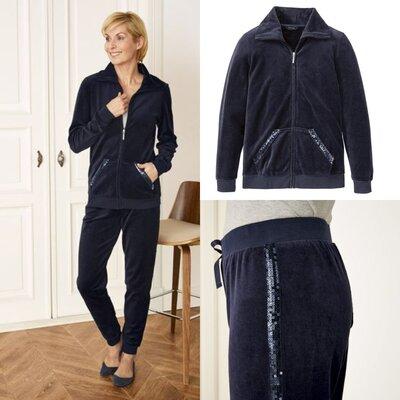 be07cedf Шикарный бархатный велюровый костюм с пайетками Esmara Германия, штаны  джоггеры кофта