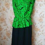 Яркое платье с баской. 16 р-р 50 .