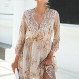 Нарядное роскошное платье с вышивкой из пайеток
