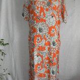 Вискозное платье с ярким принтом большого размера 20p