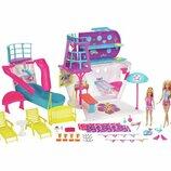 Barbie круизный лайнер барби с 3-мя куклами и аксессуарами Cruise Ship Playset with 3 Dolls and 28 A