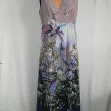 Длинное платье с красивым принтом Laura Ashley 14p