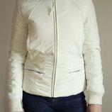 Куртка белая фирмы Манго