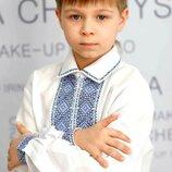 Стильная. яркая украинская вышивка. Сорочка для мальчика. Модель Сх02.