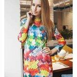 Яркое платье в разноцветные ромбики