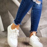 Женские кожаные кеды Nike