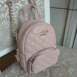 Модная красивенькая ,молодежная сумочка-рюкзачек , мини guess оригинал новая