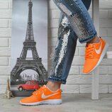 Кроссовки Nike Roshe Run женские текстильные оранжевые с белым