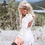 Кружевное платье с открытой спинкой